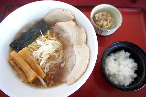 きたかん特製チャーシュー麺
